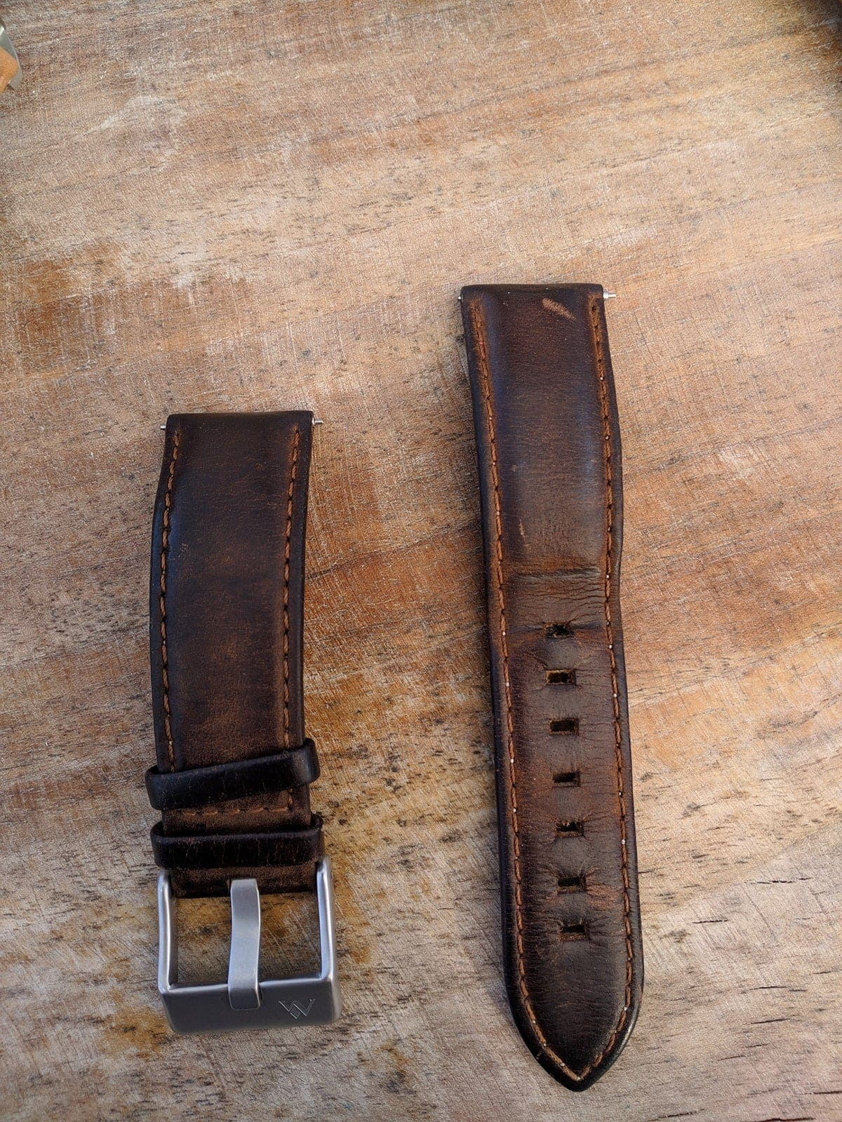 hazelnut brown leather strap in vintage style