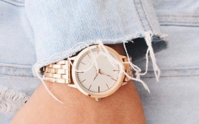 Goldene Damenuhren für flexiblen Style